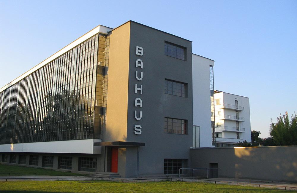 La escuela Bauhaus, entidad en la que se basará la nueva Bauhaus europea