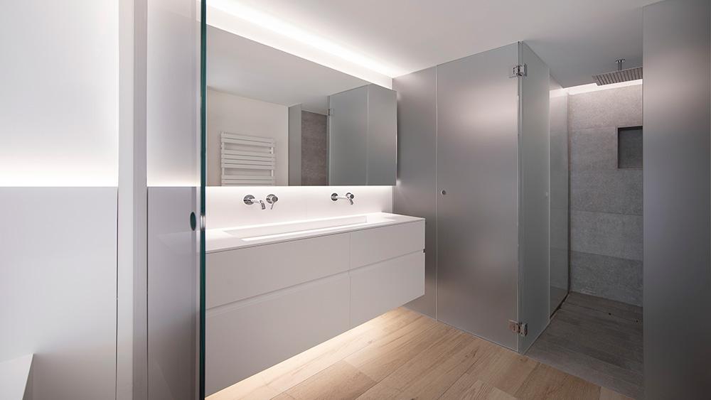 Vivienda GC, reforma integral y diseño de interior en el centro histórico de Valencia por onside - baño