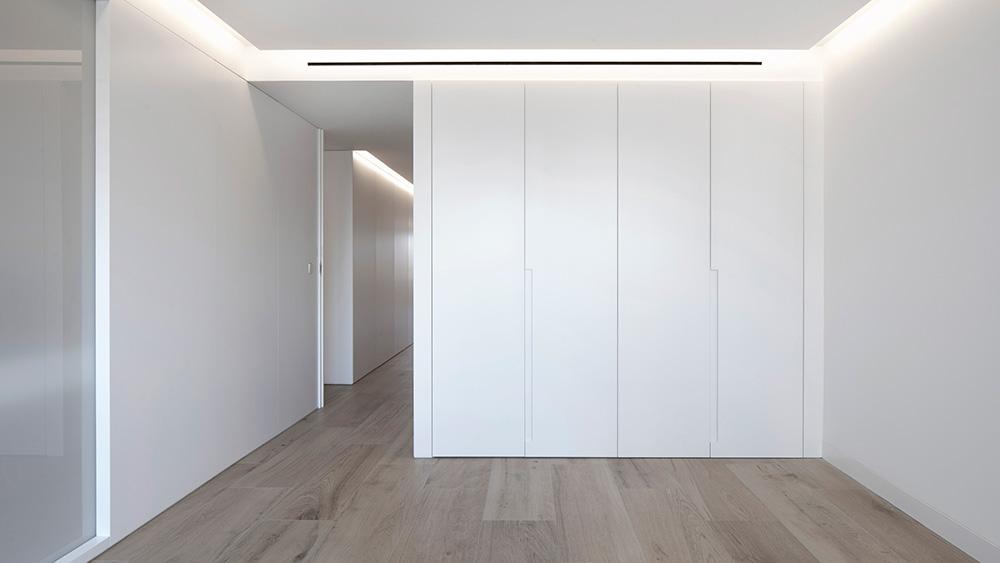 Vivienda GC, reforma integral y diseño de interior en el centro histórico de Valencia por onside - armarios